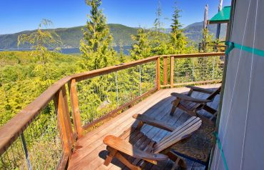 Yurt of the Setting Sun View, deck