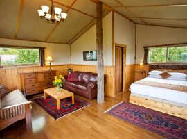 Tanglewood Cabin Accommodation – Interior Lodging